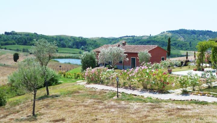 Toiano-Castelfalfi, Toscane-maison individuelle