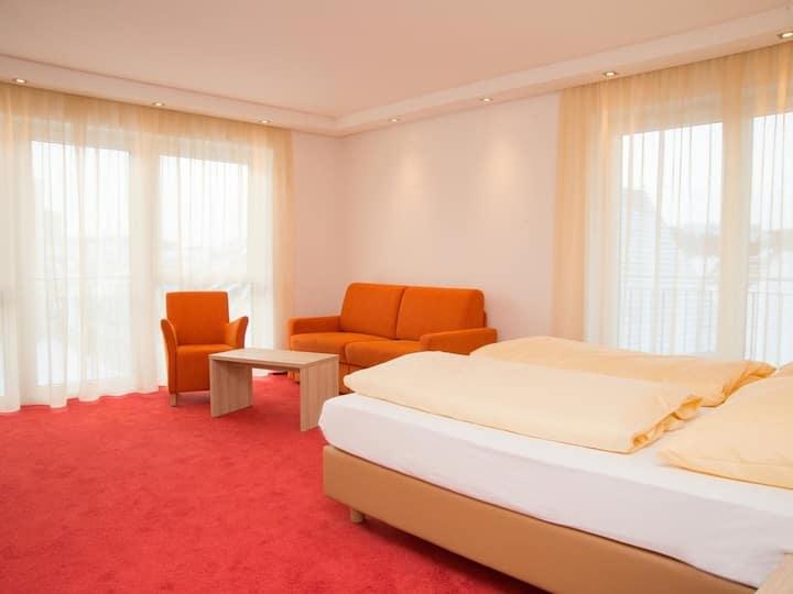 Hotel Adler - Paulas Alb, (Ehingen/Donau), Junior-Suite