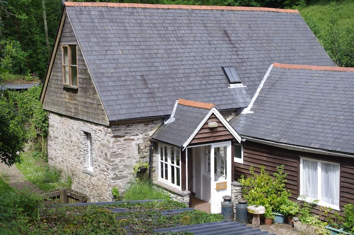 Streamside Crownwheel Cottage Slapton Sands 10mins