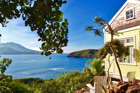 Ocean Song Charming Cottage - Basseterre