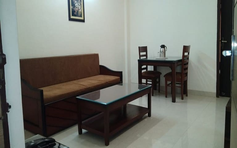 Deluxe King Suite In The Holy City Of Vrindavan-EP