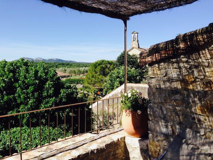 Maison de village avec jardin et terrasse avec vue