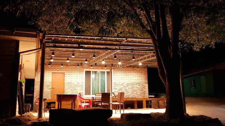 주양쉼터 '벽돌집'   편안하고 아늑한 단독주택 입니다