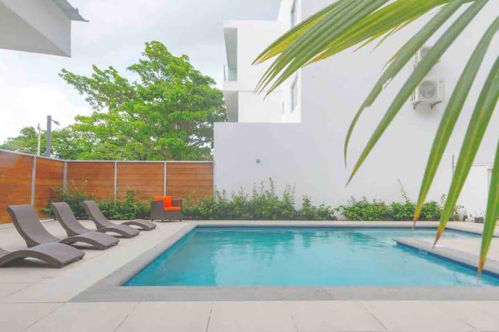 Relaxing New Beach Apt-Plaza La Talanguera in SJDS