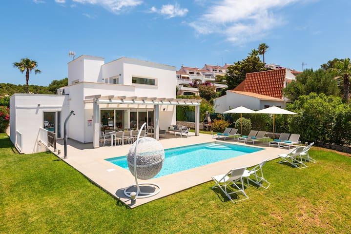 -%%%❤️Villa Galerna❤️Modern villa with private pool, free AC & WiFi