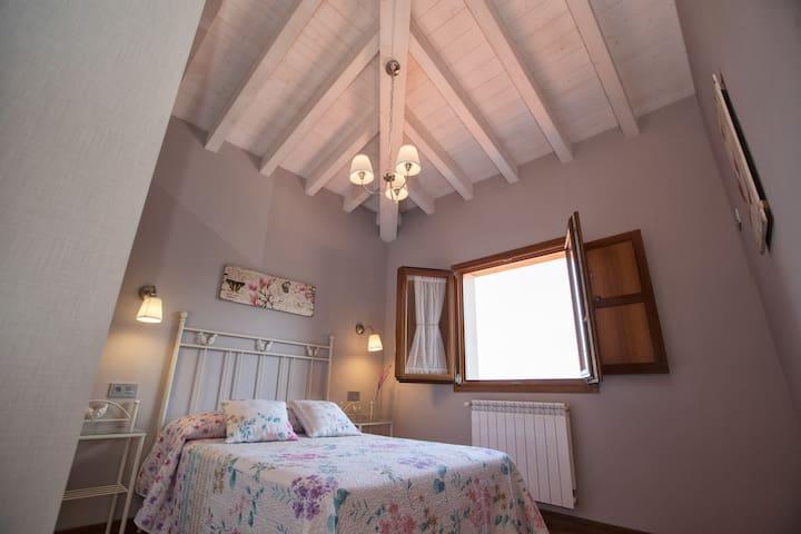dormitorio planta superior * vistas a la montaña