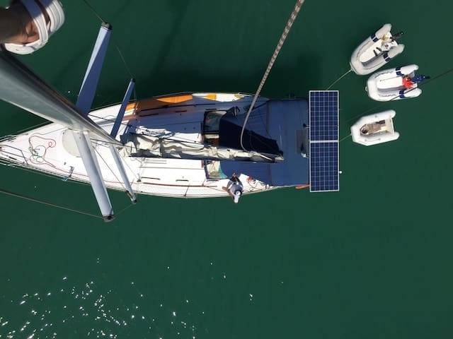 Velejar e hospedar-se 36 pés Paraty charter