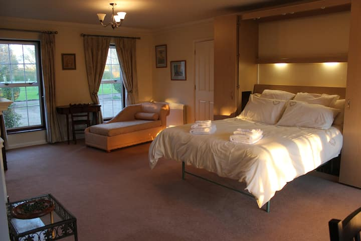 The Pippins studio flat B&B.