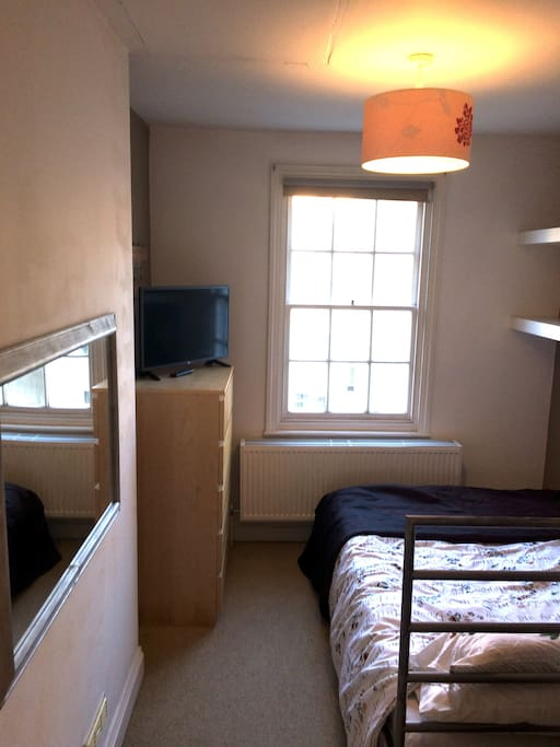 Self contained bedroom with ensuite own entrance - Apartamentos baratos en brighton ...
