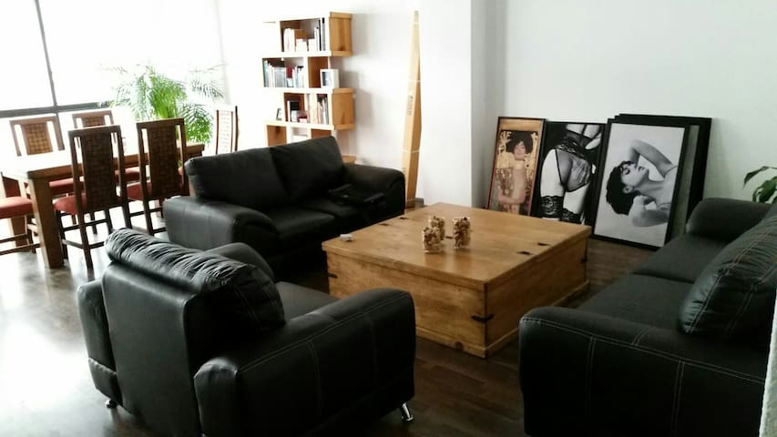 Beautiful room in nice quiet area in Polanco