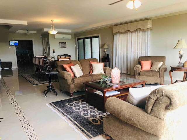 Goodwood Park, Modern Spacious with a View