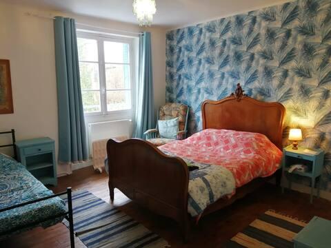 Simplistic Rural Homestay : Room 1