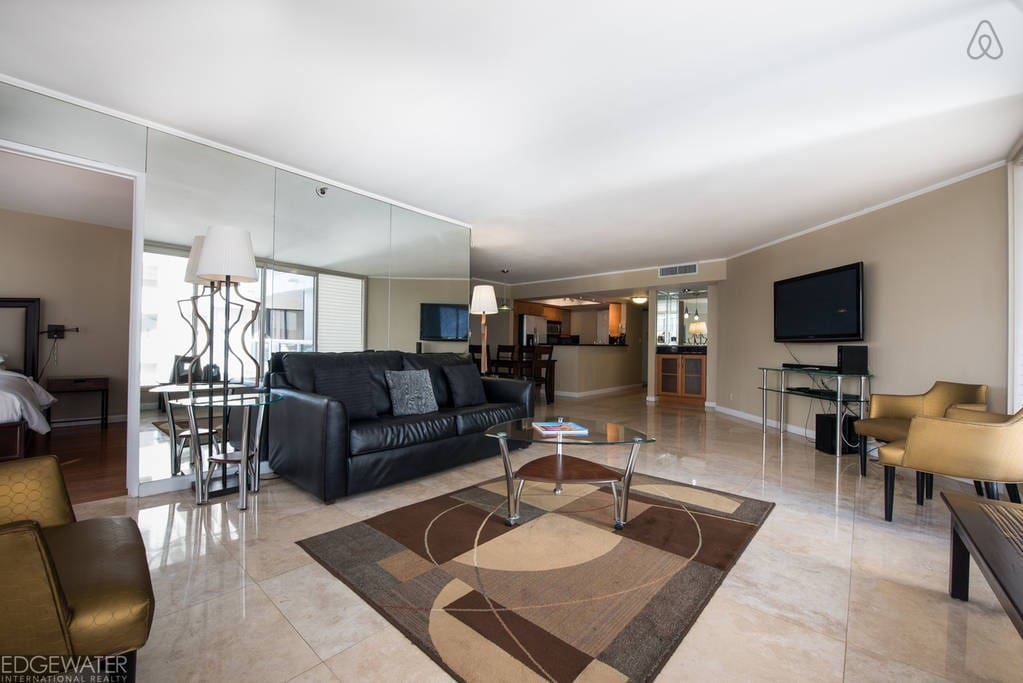 """The Grand 2757 