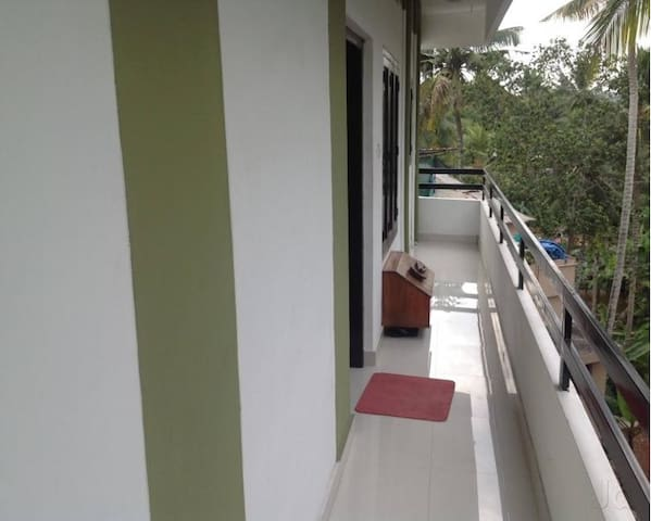 Luxury, Location, Affordable - Thiruvananthapuram - Apartment