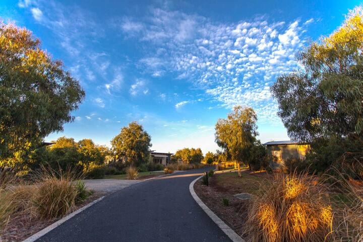 Phillip Island - Resort Accommodation - 2br Villa
