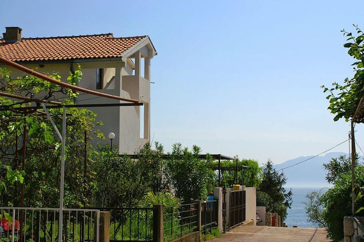 Studio flat with terrace and sea view Podaca, Makarska (AS-2621-a) - Podaca - Other