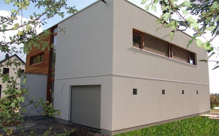 Maison contemporaine au Coeur des Ardennes Belges.