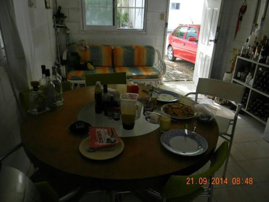 la sala comedor,igualmente fresca y tranquila.