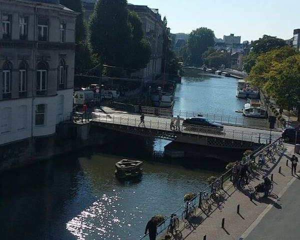~Amazing Views on River Leie and Whirlpool Bath~ - Gent - Condominium