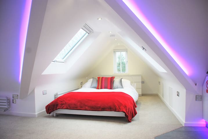 Loft Apartment Marlow