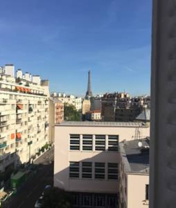 View of Eiffel Tower from the two balcony of bedroom  Vue depuis le balcon des chambres