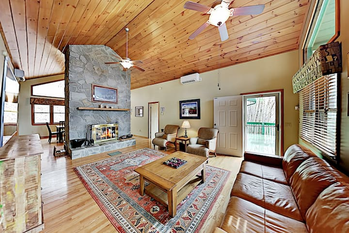 Private Mountain-View Home Near Skiing, Golf, Lake