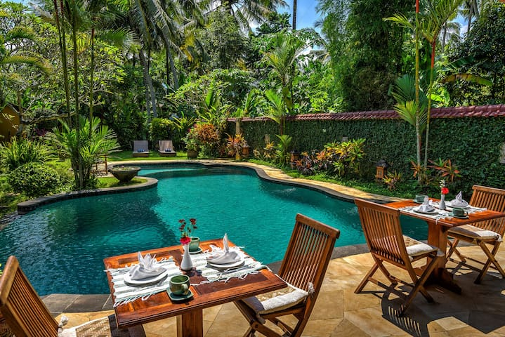 6BR Private Pool Villa special offer+Kitchen @Ubud