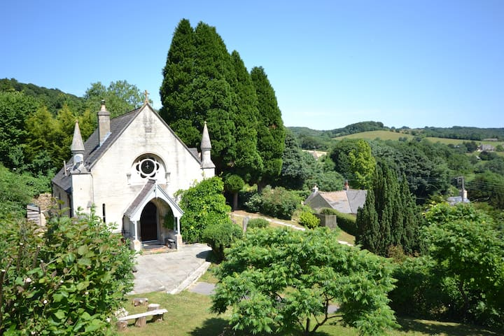 4 bedroom chapel, stunning views of Slad Valley - Slad - Rumah