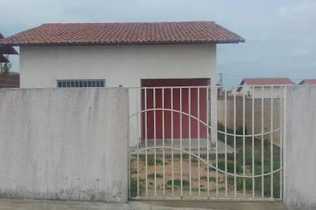 Casa Lajeada bem ventilada e ensolarada - Extremoz - Casa