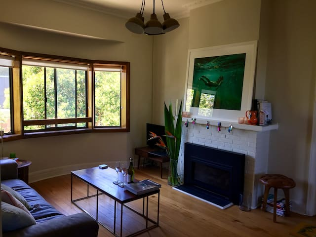 A sweet Elwood getaway minutes from the beach! - Elwood - Apartemen