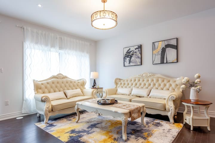 Brand New 3 Bedroom House @  Unionville Markham