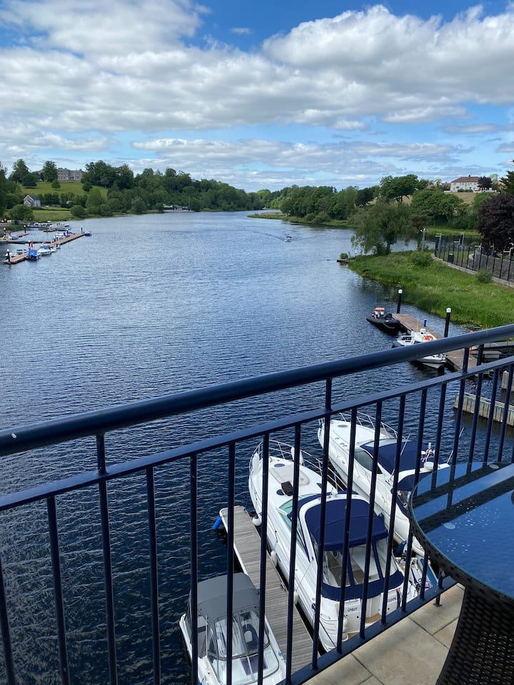 Waterside PENTHOUSE Enniskillen  Apartment