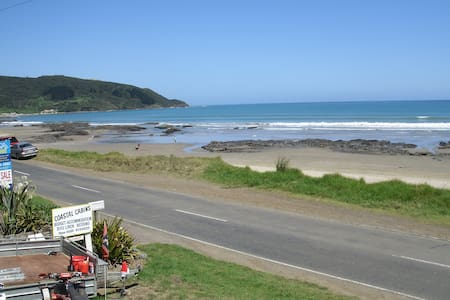 90 mile beach Coastal Cabins #1 in Ahipara