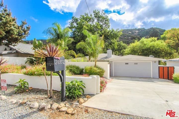 Spectacular Laguna Beach Home