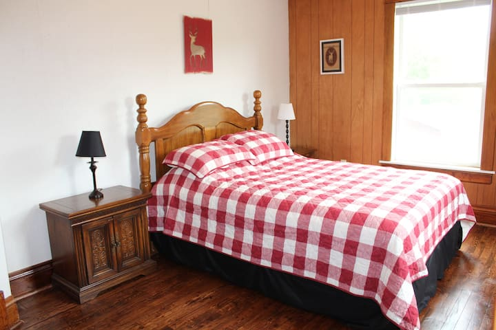 Bedroom 5, Second Floor.  Brand new queen bed, 12-19.   5-20 Carpet was removed and  hardwood floor was refinished.