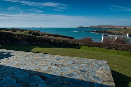 Perfectly positioned Treyarnon beach house - Padstow - Ev