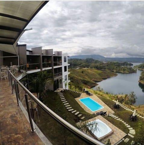 HOTEL SAN MIGUEL CAMPESTRE -PEÑOL GUATAPE