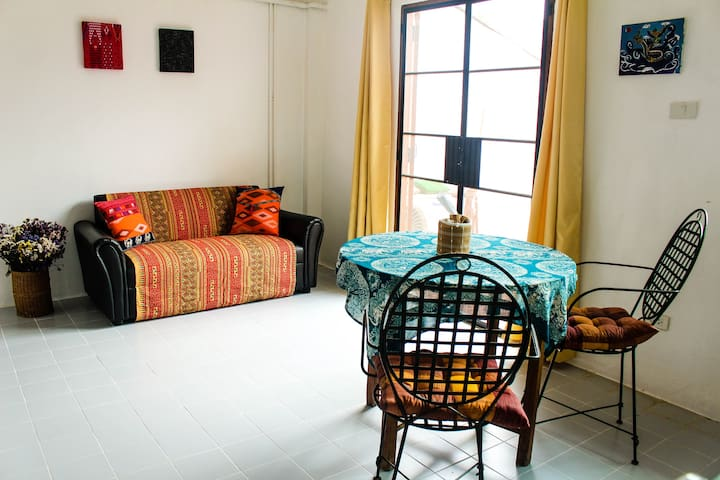 2 Bedroom Apartment 1 Old city/Sunday Walking st.