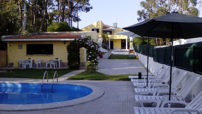 Offtrack Resort Suite2 - São João das Lampas - Bed & Breakfast