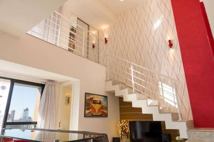 Loft Duplex Sweet home - sua melhor estadia em CWB