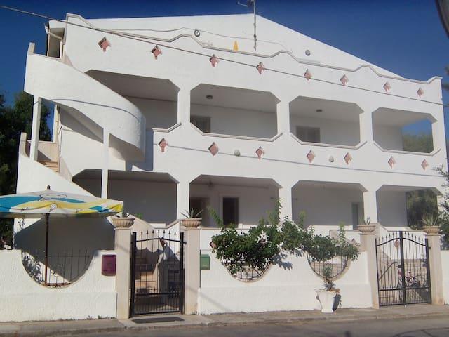 APPARTAMENTO SUL MARE DI FRONTE ALLE I.TREMITI - San Nicandro Garganico - Apartment