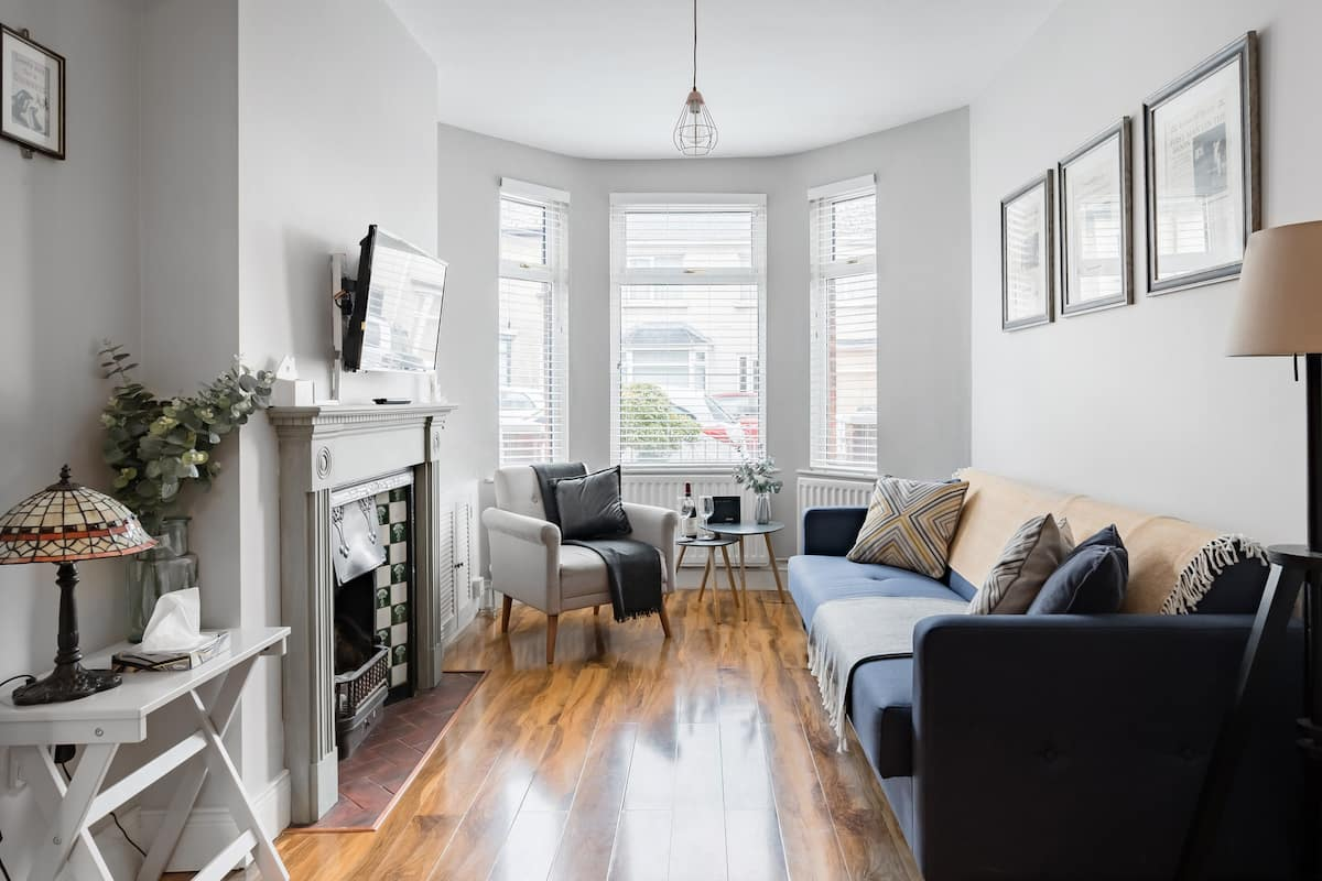 Queens Quarter Stranmillis Village Townhouse