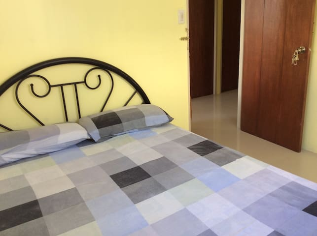 The Blue Apartment by Cecilia - Bacolod City - Leilighet