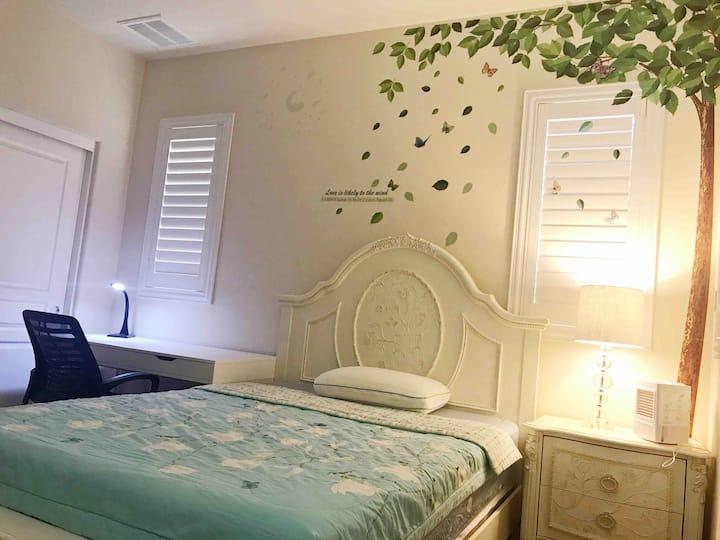 Cozy room 2