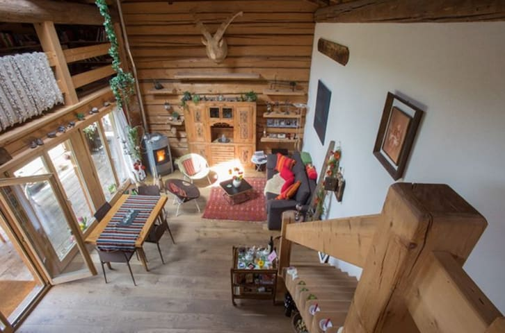 Romantisches Ferienhäuschen in Klosters - Klosters Dorf - House