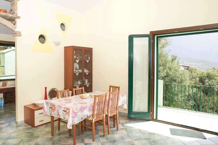 Casa vacanze panoramica a 5 minuti dal mare