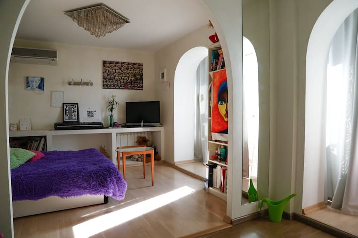 Уютная квартира-студия в центре