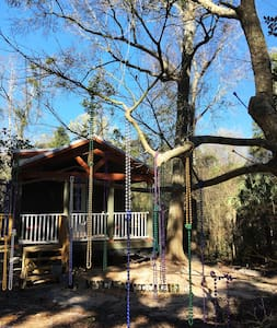Twin Oaks Tiny House - Ocean Springs - Szoba reggelivel