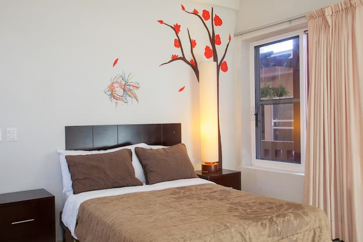 1HB IN THE HEART OF CABO, DOWNTOWN!