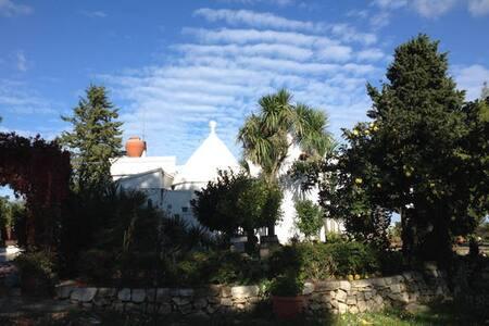 Villa Due Trulli  camera quadrupla- Martina Franca - Martina Franca - Bed & Breakfast